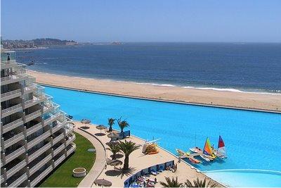 Clase de hoteles de una a cinco estrellas curiosidades for Piscina mas grande del mundo chile
